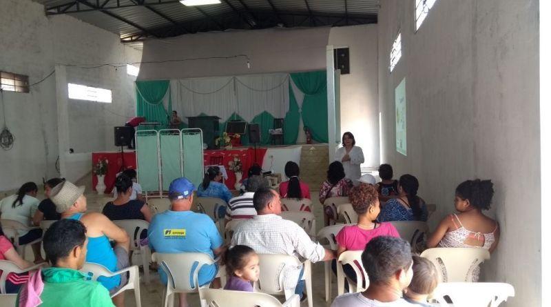 Para atender quem mora longe do centro, Secretaria de Saúde de Pirapora visita moradores