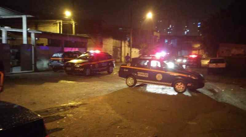 GCM liberta refém após perseguição que terminou com dois bandidos mortos na zona sul
