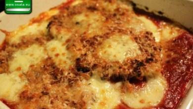 Рецепта за пилешки гърди на фурна с доматен сос и сиренца