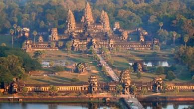 Комплексът Ангкор Ват в близост до Тонле Сап, Камбоджа
