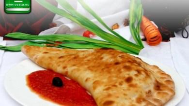Рецепта за пица калцоне с рикота и моцарела