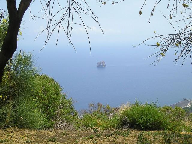 Забранената дестинация - Самотният фар на остров Стромболичио