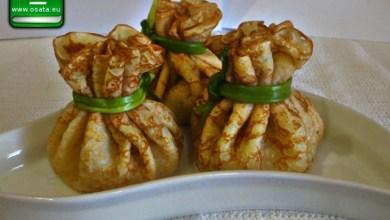 Рецепта как да приготвим палачинки-торбички с шунка, кашкавал и сметана
