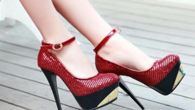 Как да изглеждаш с по-стройни крака с обувки на висок ток