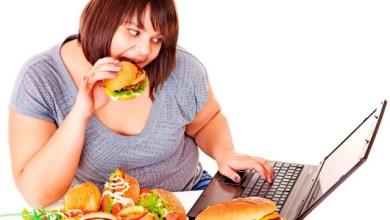 Вредни навици, от които се дебелее и водят до наднормено тегло