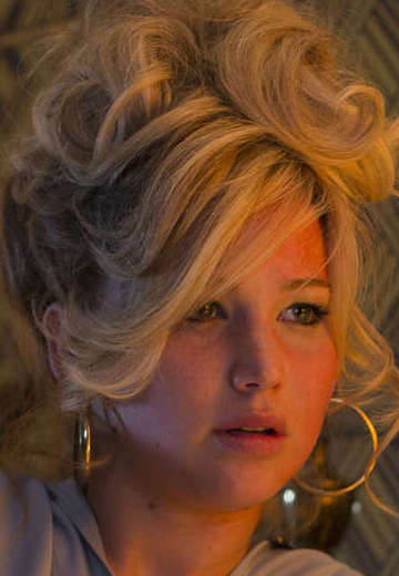 Jennifer-Lawrence--American-Hustle--02