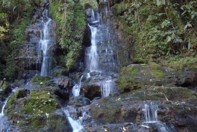 CONFINES / Antigua Provincia Comunera / Paisaje rural - caídas de agua / SANTANDER.