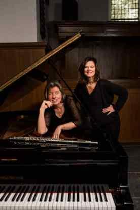 Francien Post en Corien van den Berg - foto Annette Kempers