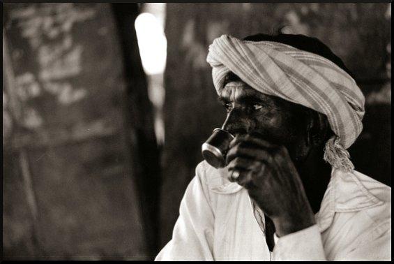 Drinking Chai, Virampur