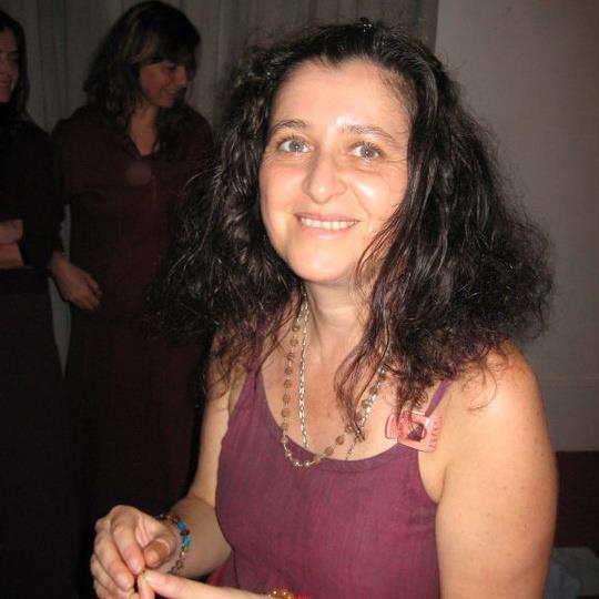 030 Marga in maroon