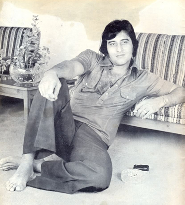 800 Vinod Khanna as young actor