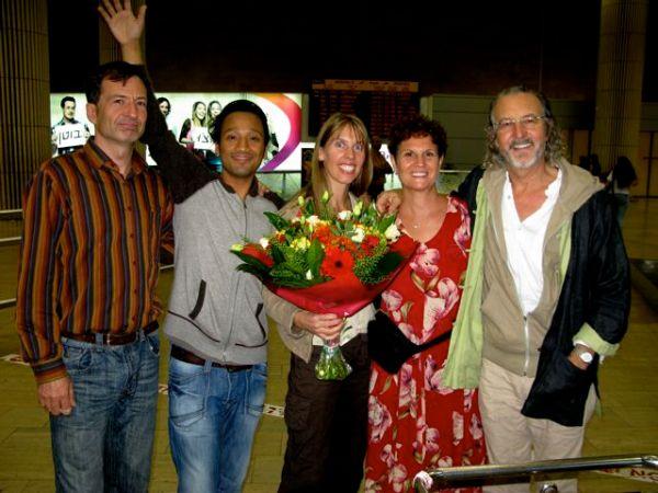 1005 Lani with Deva Miten Sakar Manose