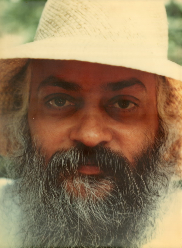 Osho with summer hat