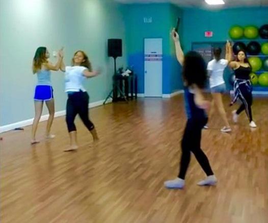 Quinceaneras sweet sixteen eighteen Bodas Aniversario Eventos coreografa profesional Maritza Rosales 032