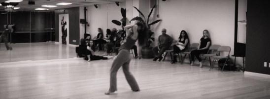 Rehearsal of the show The Oshun Wings Ensayos de la obra Las Alas de Oshun Creadora Directora Coreografa Bailarina Profesional pro emotion movement Maritza Rosales 05