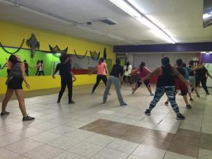 Clases de Boombafro por Maritza Rosales Bailarina Instructora Coreografa Creadora y Directora Profesional de este estilo de clase AfroCubano Latino Cardio Tonificacion Reductiva Yoga Meditacion 021