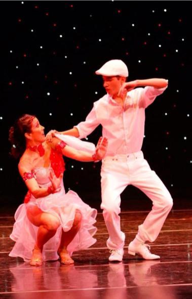 Maritza Rosales Bailarina Instructora Coreografa Profesional en Bailes Populares y de Salon Ritmos Cubanos y Latinos Rumba Mambo Salsa Merengue Cumbia 008