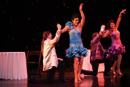 Maritza Rosales Bailarina Instructora Coreografa Profesional en Bailes Populares y de Salon Ritmos Cubanos y Latinos Rumba Mambo Salsa Merengue Cumbia 019