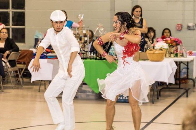 Maritza Rosales Bailarina Instructora Coreografa Profesional en Bailes Populares y de Salon Ritmos Cubanos y Latinos Rumba Mambo Salsa Merengue Cumbia 029