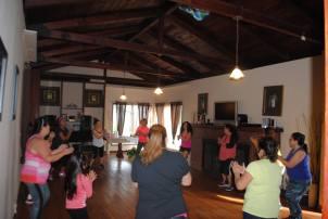 Boombafro Master Class por Maritza Rosales Bailarina Instructora Coreografa Creadora y Directora Profesional de este estilo de clase AfroCubano Latino Cardio Tonificacion Yoga Meditacion 017
