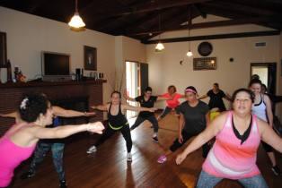 Boombafro Master Class por Maritza Rosales Bailarina Instructora Coreografa Creadora y Directora Profesional de este estilo de clase AfroCubano Latino Cardio Tonificacion Yoga Meditacion 023