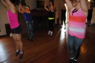 Boombafro Master Class por Maritza Rosales Bailarina Instructora Coreografa Creadora y Directora Profesional de este estilo de clase AfroCubano Latino Cardio Tonificacion Yoga Meditacion 026