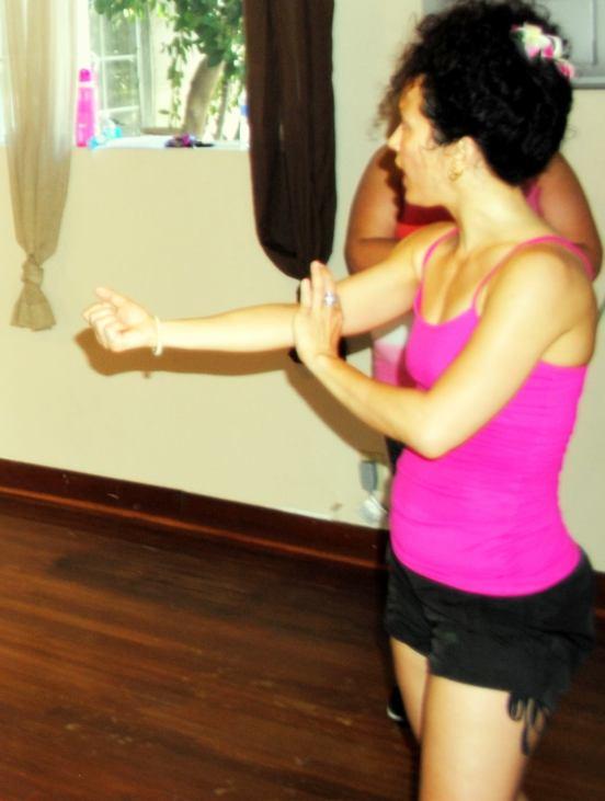 Boombafro Master Class por Maritza Rosales Bailarina Instructora Coreografa Creadora y Directora Profesional de este estilo de clase AfroCubano Latino Cardio Tonificacion Yoga Meditacion 027