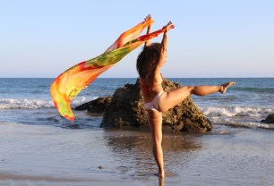 Maritza Rosales Bailraina Instructora Coreografa Profesional de Danza Moderna y Contemporaneo Tecnica Cubana 003