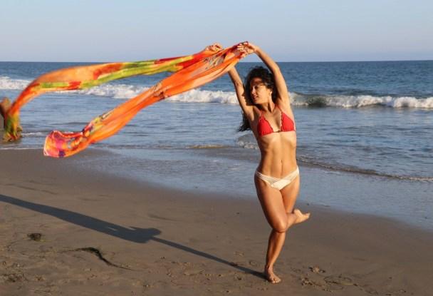 Maritza Rosales Bailraina Instructora Coreografa Profesional de Danza Moderna y Contemporaneo Tecnica Cubana 022