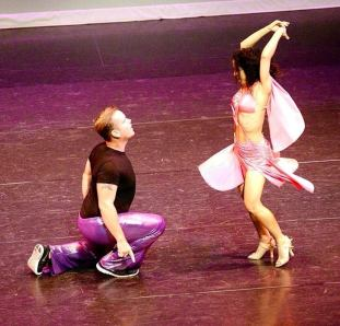 Oshun Wings Dance Art Entertainment Maritza Rosales Bailarina Profesional Recaudacion de fondos para el Teatro New Hall SCV 021