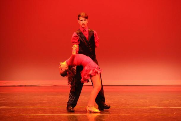 Shows para eventos fiestas aniversarios espectaculos festivales congresos bailarina y coreografa profesional Maritza Rosales Oshun Wings 01