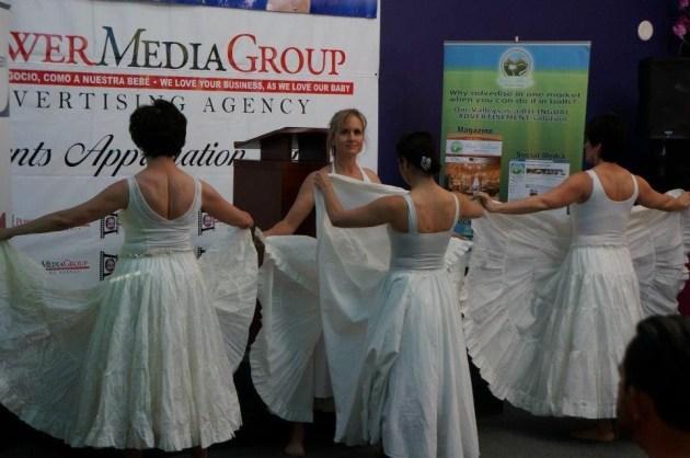 Shows para eventos fiestas aniversarios espectaculos festivales congresos bailarina y coreografa profesional Maritza Rosales Oshun Wings 11
