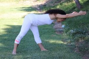 Yoga estiramiento reductiva meditacion relajacion posturas sanacion conexion cuerpo mente Instructora Maritza Rosales 034