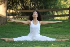 Yoga estiramiento reductiva meditacion relajacion posturas sanacion conexion cuerpo mente Instructora Maritza Rosales 057