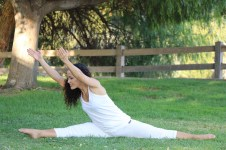 Yoga estiramiento reductiva meditacion relajacion posturas sanacion conexion cuerpo mente Instructora Maritza Rosales 059