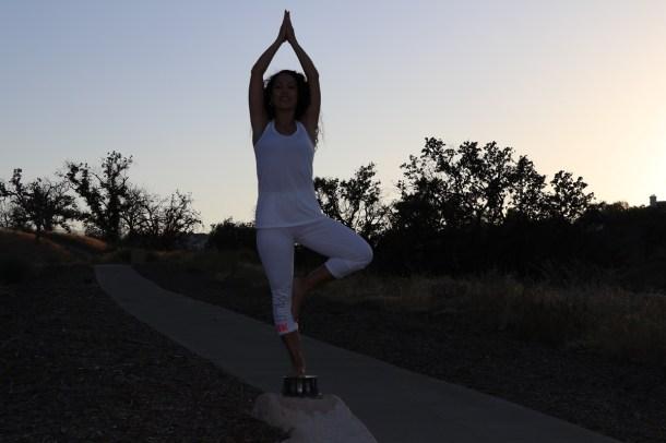 Yoga estiramiento reductiva meditacion relajacion posturas sanacion conexion cuerpo mente Instructora Maritza Rosales 060