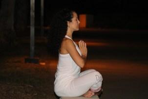 Yoga estiramiento reductiva meditacion relajacion posturas sanacion conexion cuerpo mente Instructora Maritza Rosales 064
