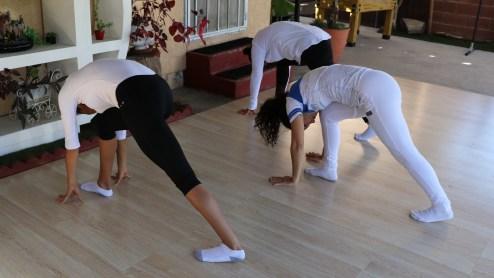 clase privada de Yoga postura y meditacion instructora Maritza Rosales Bailarina Coreografa Fundadora y Directora de Oshun Wings Dance Art and Entertainment 018