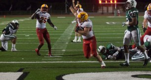 Mission Hills Peyton Marshall scores late in the third quarter