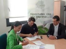 AEVA asina un convenio con Abanca para reactivar a actividade comercial