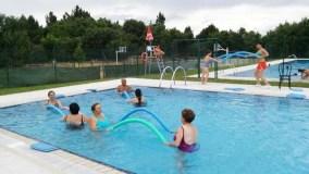 Comezan as actividades nas piscinas de Sober