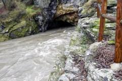 A crecida do Sil oculta o túnel de Montefurado