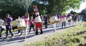 Os folións danse cita no verán de Vilamartín
