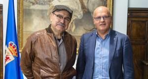 """José Sousa, """"Premio Ourensanía 2016"""", reúnese con Manuel Baltar"""