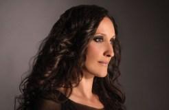 A cantante Rosa Cedrón, pregoeira da Feira do Viño do Amandi