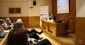 A CEO acolle un relatorio sobre a importancia da análise dixital nas empresas