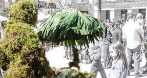 A tradiconal festa dos Maios, o día 1 no Barco