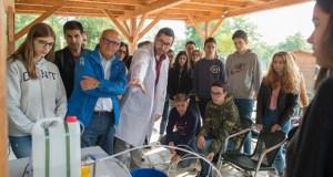 Os alumnos de Maristas de Ourense participan nunha xornada formativa sobre o bo uso da auga
