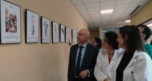 Un século e medio de caricaturas médicas enchen as salas de espera do CHUO