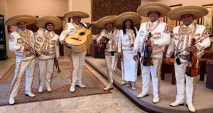 San Xoán a ritmo de mariachis no Ruxe Ruxe de Quiroga